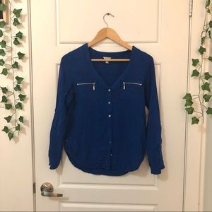 Guess    Button-Up Blouse